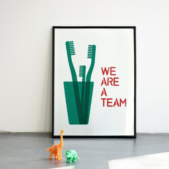 we are a team print by coniLab